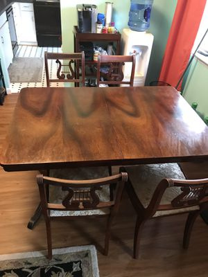 Cherry dining table for sale in Columbia, MD! for Sale in Columbia, MD