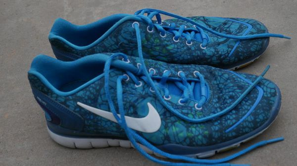 2beee5ad6802 Nike running shoes Size 10 mens for Sale in San Diego