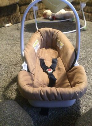 Cosco Brand New Dreamride SE Latch Infant Seat Car Bed For Sale In Winston Salem