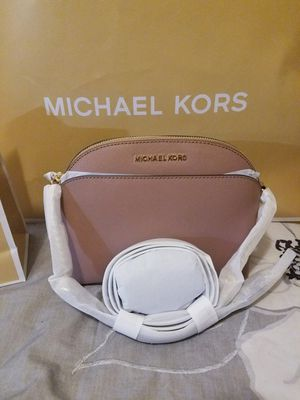 Nwt Authentic Michael Kors Emmy Crossbody for Sale in Austin, TX