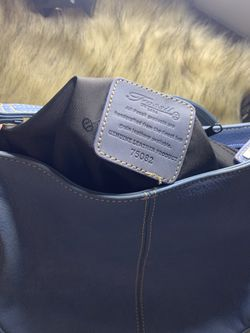practical and comfortable fossil lady bag ideal for a quick walk in good conditions Thumbnail