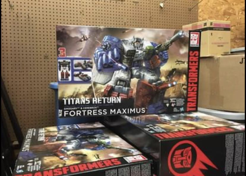Titans Returns Fortress Maximus New