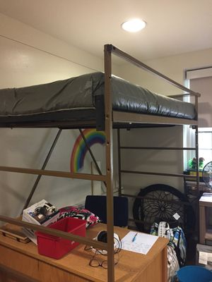 Twin XL Loft bed for Sale in Farmville, VA