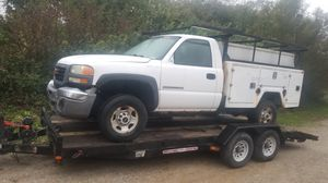 2003 GMC Sierra 2500 only for parts for Sale in Batesville, IN