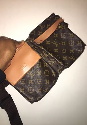 Louis Vuitton Fanny pack for Sale in Washington, DC