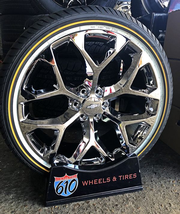 """24"""" SNOWFLAKE REPLICAS & VOGUE TIRES FINANCING AVAILABLE"""