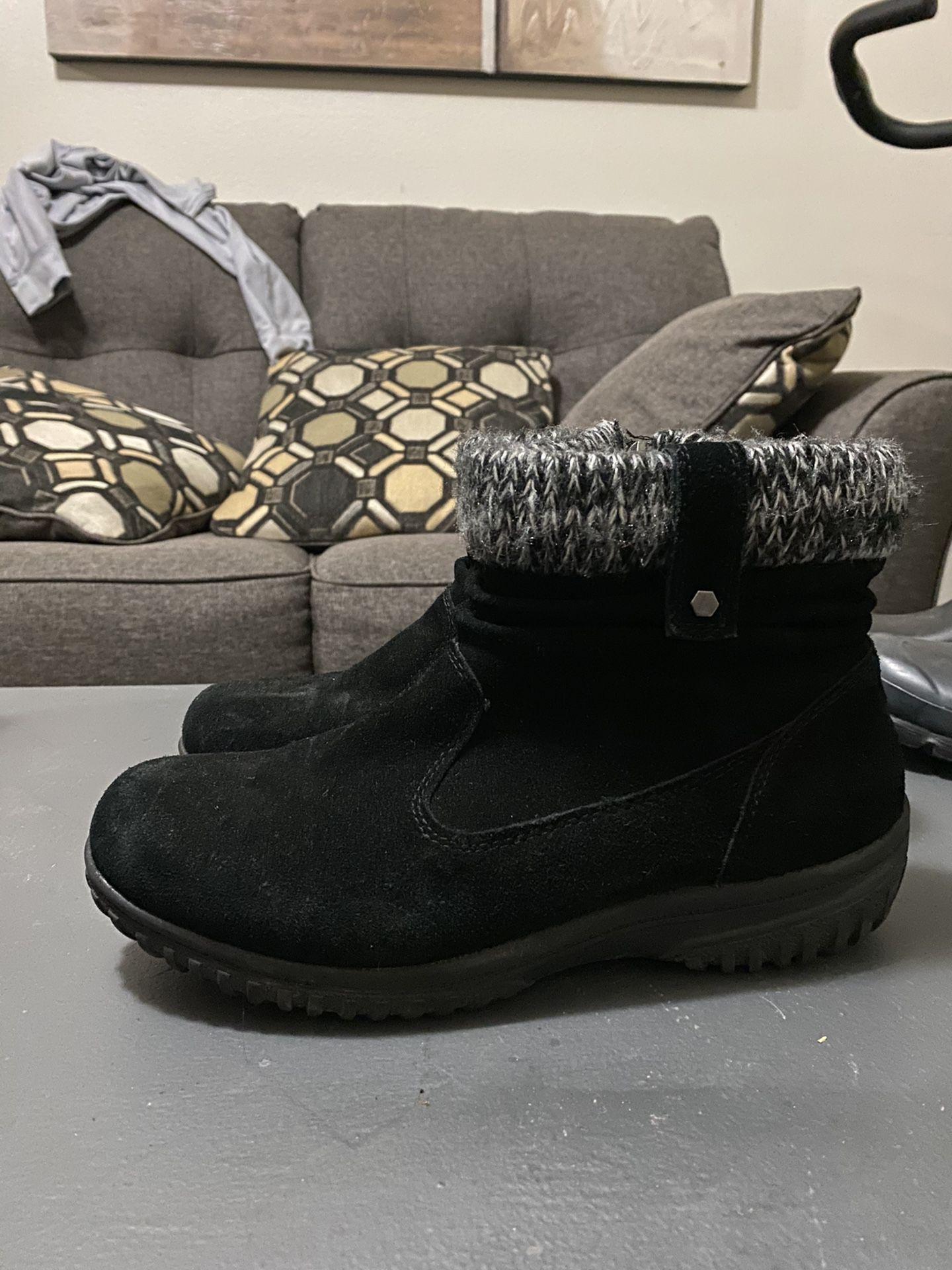 Women's Boots / Botas De Mujer  ( KHOMBA)