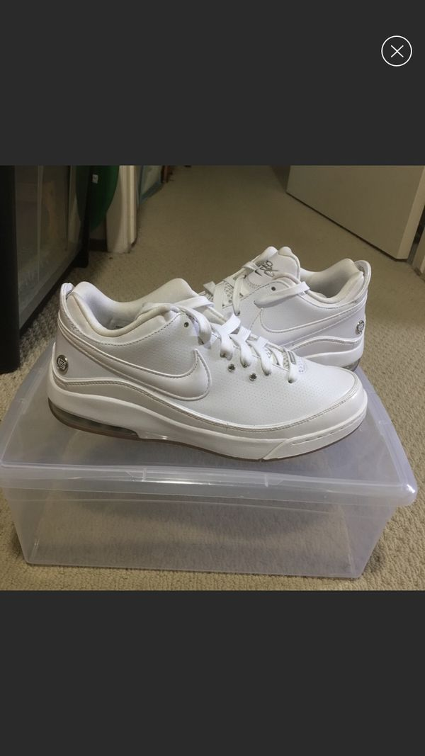 5db202781c45 New Nike lebron 7 low white basketball shoes for Sale in Fremont