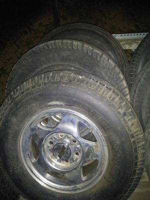 99 00 z71 tahoe wheels and tires for Sale in St. Louis, MO