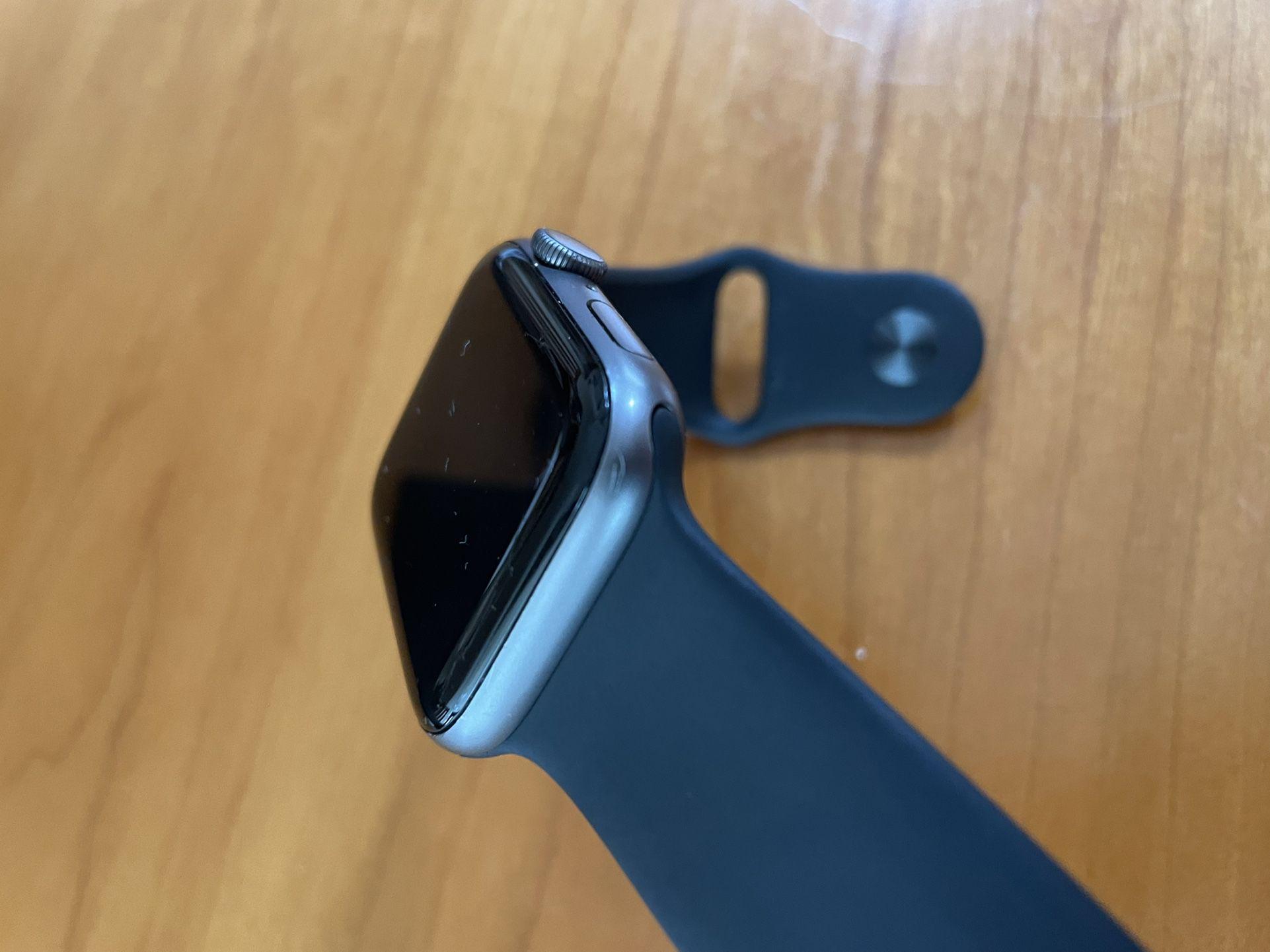 Apple Watch Series 4 44mm