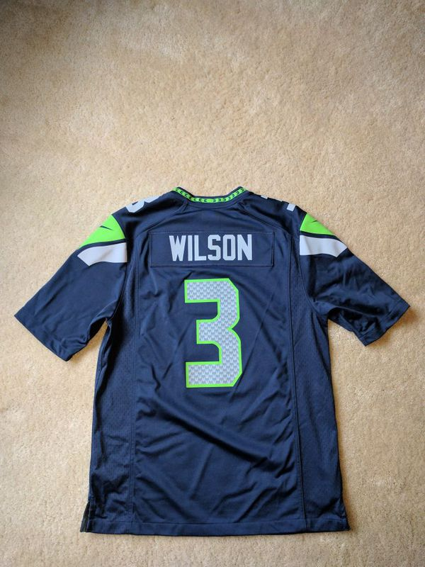 hot sale online b5c7a c3379 Russell Wilson Jersey men's medium for Sale in Tacoma, WA - OfferUp