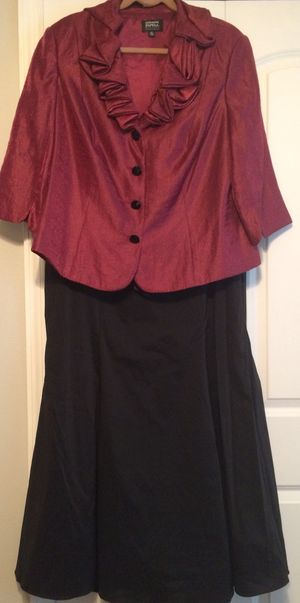 18W Women's Formal Top and Skirt for Sale in Mount Dora, FL