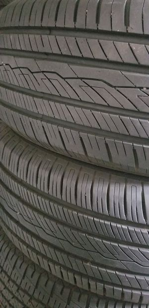235/60/17 tires for Sale in Germantown, MD