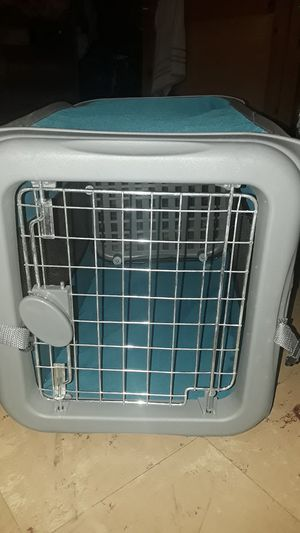 small animal carrier for Sale in Visalia, CA