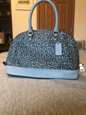 Coach purse for Sale in Martinsburg, WV