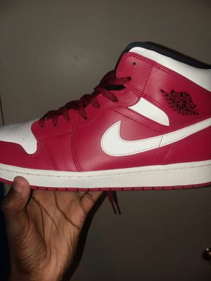 f7b4eb8495f213 Air jordan 1 mid size 13 Good condition for Sale in Augusta