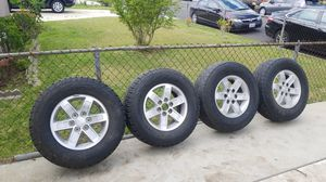 Photo GMC TIRES and RIMS