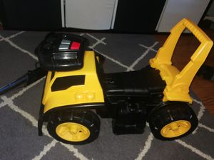 Ride on construction truck for Sale in Falls Church, VA
