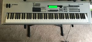 Yamaha MO8 Keyboard (piano feel) Music Production Synthesizer for Sale in Sterling, VA