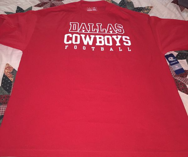 30a797732 RED DALLAS COWBOYS T SHIRT XL for Sale in San Jose