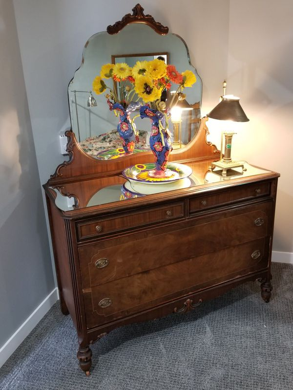Antique Dresser Mirror Furniture In Seattle Wa Offerup