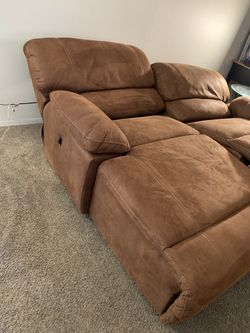 Love Seat Thumbnail