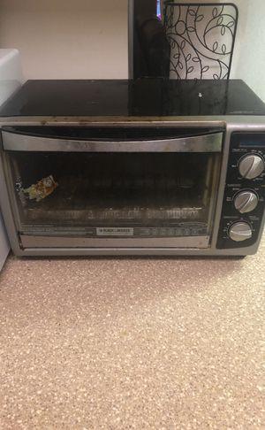 Toaster oven black & Decker for Sale in Fairfax, VA