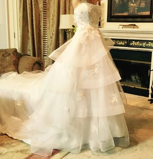 Alfred Angelo wedding dress for Sale in Round Rock, TX