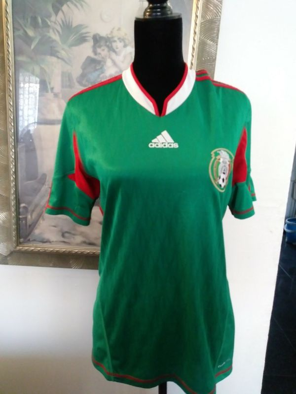 990ec9d766210 Jersey camiseta de dama logo mexico for Sale in Maywood