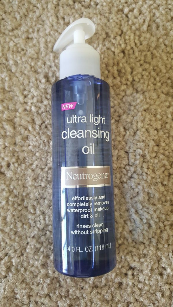 577f5f6dfda Neutrogena Ultra Light Face Cleansing Oil & Makeup Remover - 4 fl oz ...