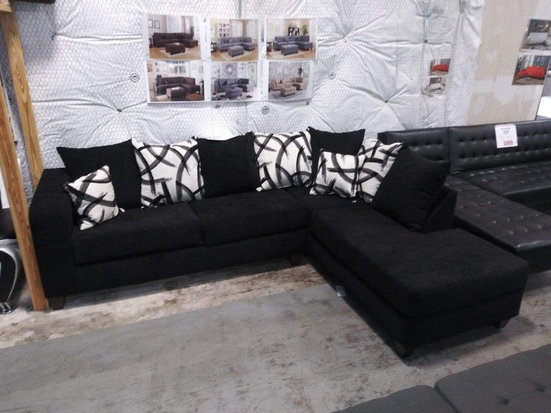 New Black Pillow Back Sectional Sofa 🚛 Same Day Delivery 💥Can Finance W/ $50 Down EZ  Rent 2 Own Plan 💥