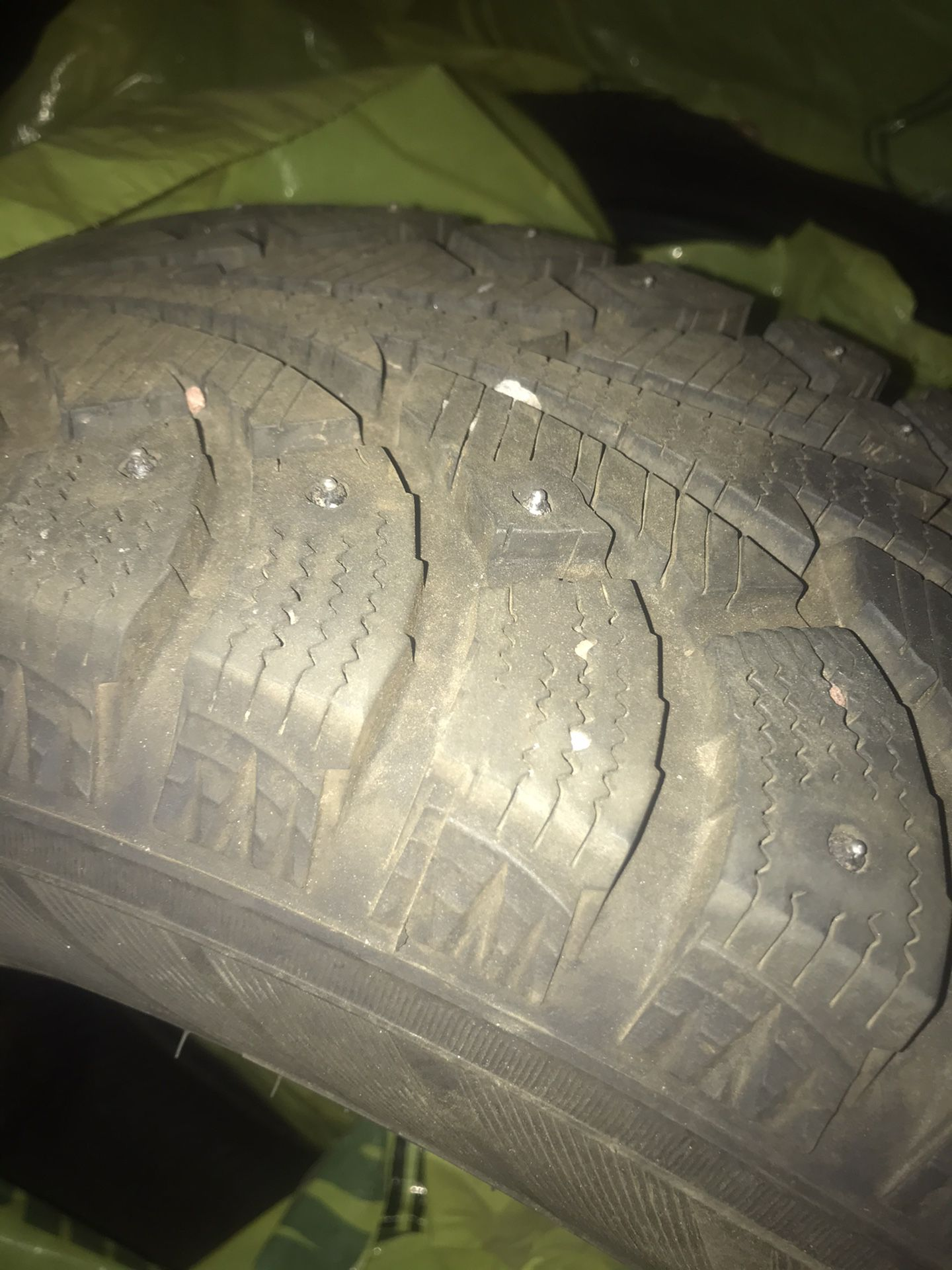 195/65r 15 winter pike snow stud tires