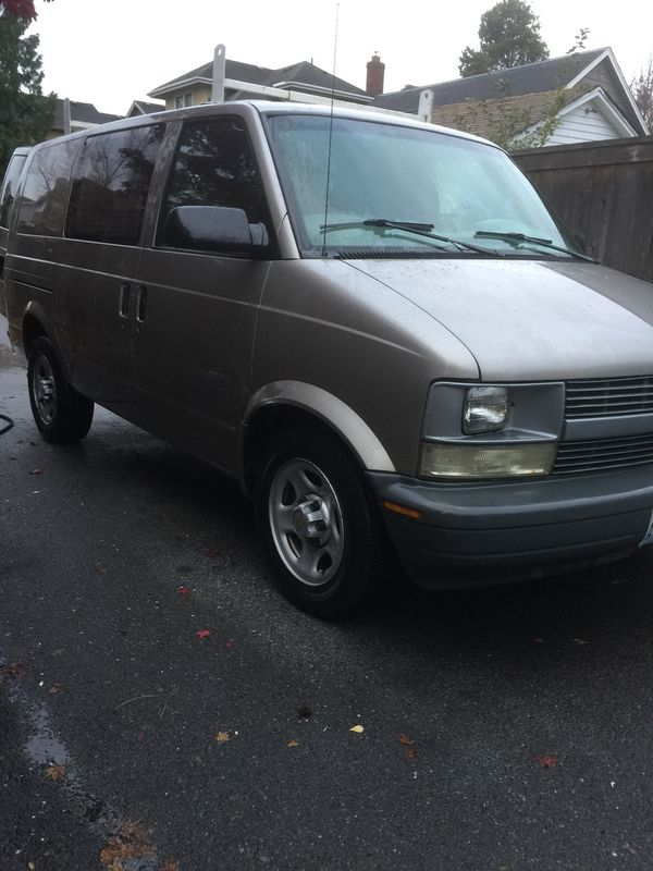 2004 chevy astro cargo van a c tune up new tires racks 155k economy gas clean title for sale in. Black Bedroom Furniture Sets. Home Design Ideas