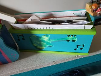 Guitar pencil and letter holder Thumbnail