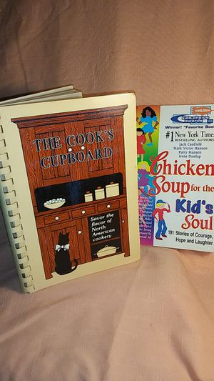 Photo THE COOK'S CUPBOARD NORTH AMERICAN COOKERY +CHICKEN SOUP FOR KID'S SOUL PAPERBACK BOOKS
