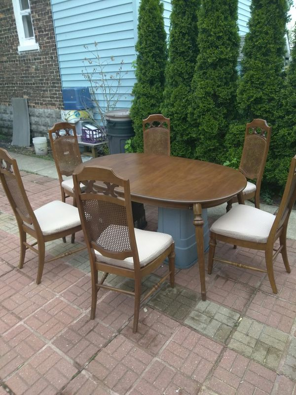 Leather Top Pecan Dining Room Set Table 3 Leaf 6 Chairs By Stanley Furniture