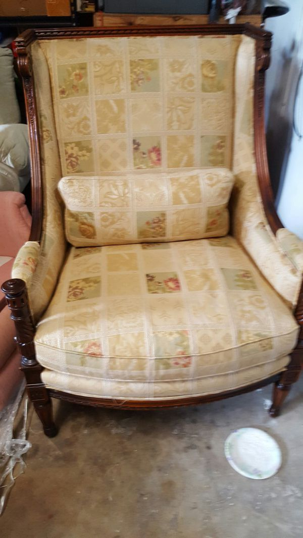 - Sherrill Antique Accent Chair (Antiques) In Plantation, FL - OfferUp