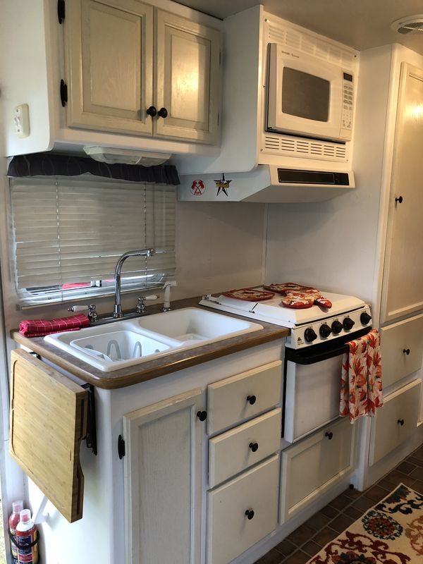 Travel Trailers For Sale Puyallup Wa >> 2002 class a rv whit slide for Sale in Puyallup, WA - OfferUp