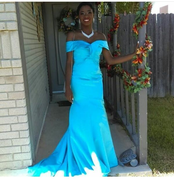 Prom Dress Must Sale Clothing Shoes In San Antonio Tx Offerup