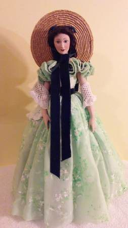 Photo SCARLET O'HARA GONE WITH THE WIND  PORCELAIN DOLL. FROM FRANKLIN HEIRLOOM DOLLS . EXCEPTIONAL MINT CONDITION. NEVER USED WAS IN CHINA CABINET.