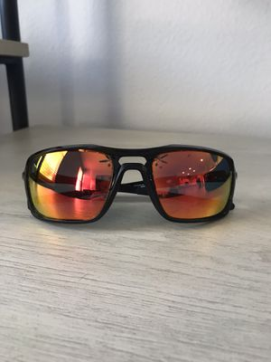 Oakley Silver Sunglasses for Sale in Orlando, FL
