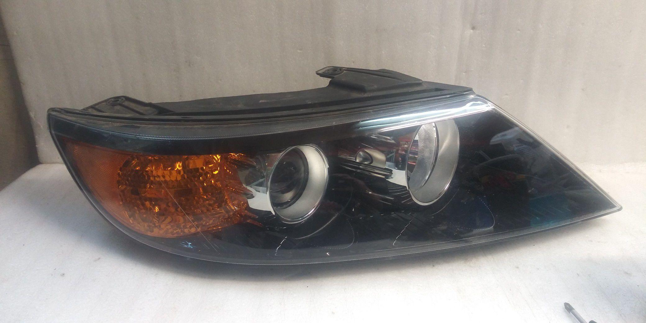 2011 2012 2013 Kia sorento headlight