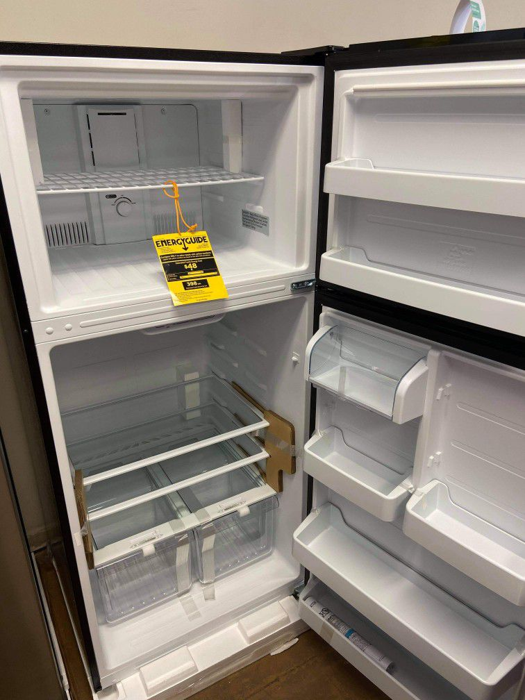 CONSERVATOR Top Freezer Refrigerator!!!