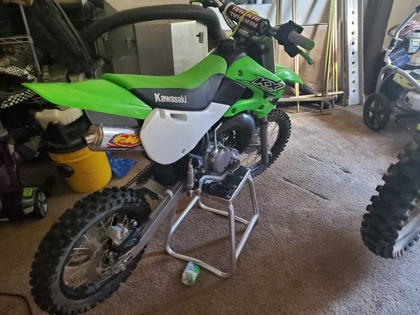 2017 65cc dirtbike runs prefect there are $400 worth of upgrades on it and if want more details call