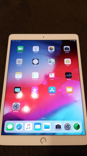 Ipad pro 10.5 for Sale in Bedford Park, IL
