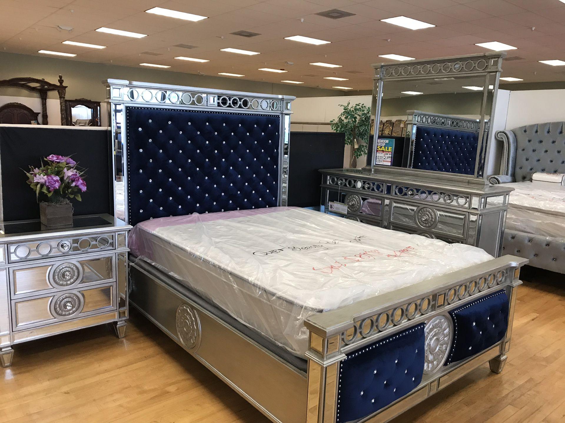 Beautiful Queen Bedroom Set 4 PCS Bed - Dresser - Mirror - Night for sale $2799