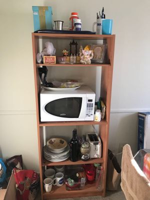 Shelf with dishes ( plates and bowls) for Sale in Columbus, OH