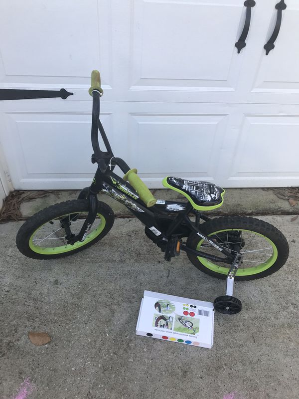 "f6aa5c00047 Teenage mutant ninja turtles boy bike 16"" inch with new training wheels"
