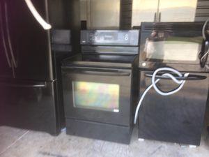 Beautiful Black set cheap price for Sale in Orlando, FL