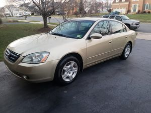 2004 Nissan Altima 2.5s with 165,000 miles for Sale in Ashburn, VA